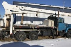 Picker Truck Year: 1982 Make: Ford Model: Louisville Style: Picker Truck Engine: 3308 Cat Transmission: 13 Spd Add info: 18 tonm picker with Jib Price: $15,000 OBO